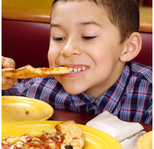 photo-of-kid-eating-pizza