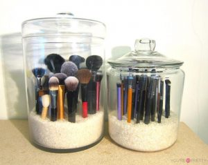 Clear-Makeup-Storage