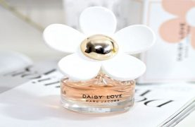Marc Jacob's Daisy Love Perfume Free Samples