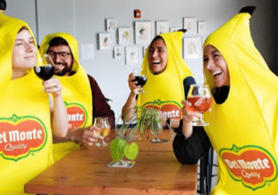 WIN 5 of 300 banana costumes