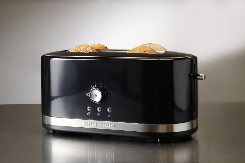 win kitchenaid slot toaster