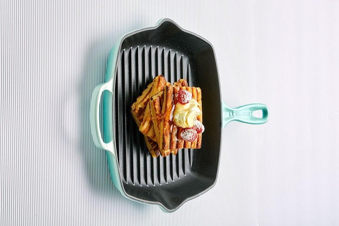 le creuset signature grill pan