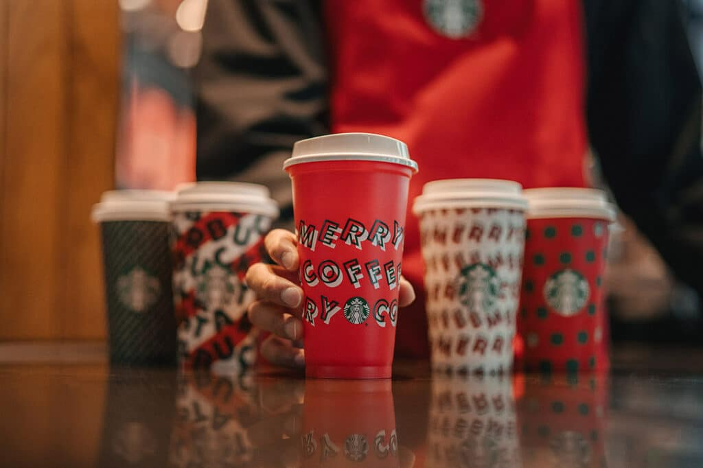 Free Starbucks Holiday Cups