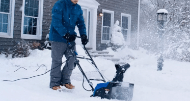 Snow Joe Electric Snow Thrower